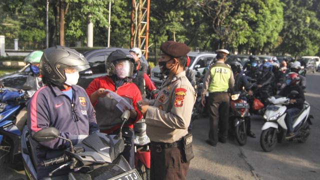 Berita Populer: Aturan Baru Bermotor PSBB Jakarta II, Warna Anyar Yamaha X-Ride (181772)