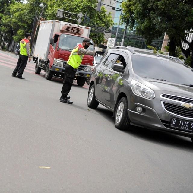 PSBB Jakarta, Mobil Pribadi Boleh Diisi Penuh, Ini Syaratnya (761815)