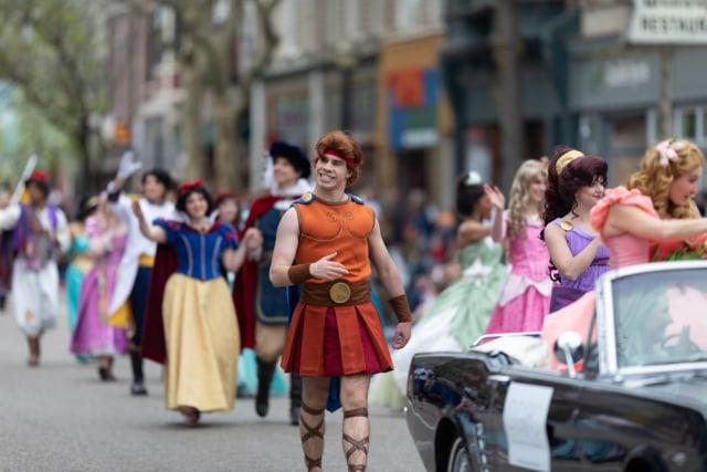 Disneyland Siap Sambut Wisatawan dari Luar California Mulai 15 Juni 2021 (293148)