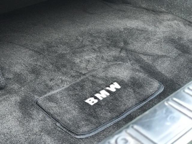 BMW E30 Langka dari Indonesia: Orisinil dan Angka Odometernya Baru 12.000 Km  (191413)