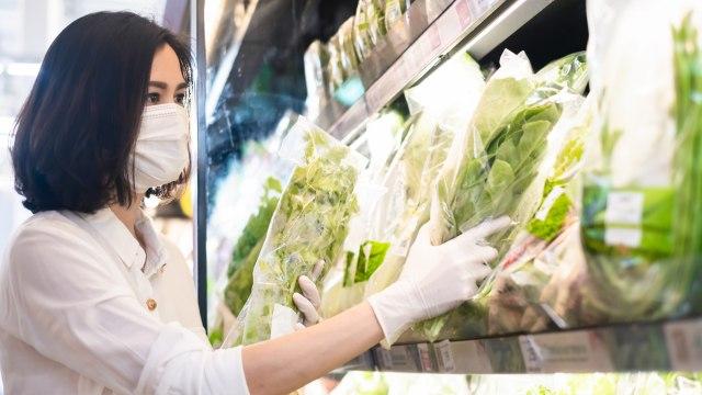 Cegah Risiko Virus Corona, Tinggalkan 4 Barang Ini Saat Belanja ke Supermarket (47321)