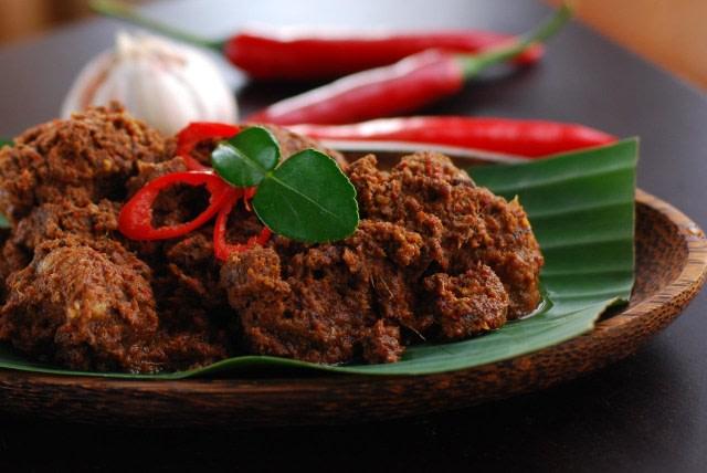 4 Kuliner Nusantara Asal Padang yang Bikin Ngiler (97430)
