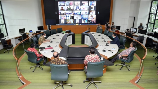 Mendes PDTT Abdul Halim Rapat Sosialisasi program BLT