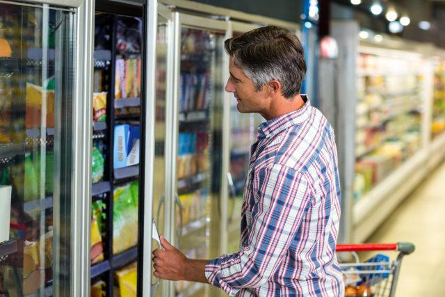 6 Hal yang Tak Boleh Disentuh saat Belanja di Supermarket Selama Pandemi (42356)