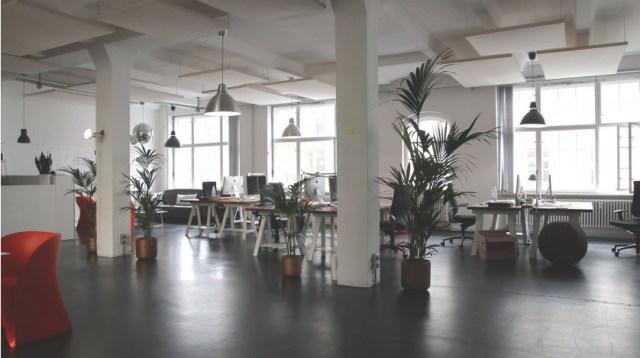 4 Tips Membangun Suasana Kerja yang Nyaman dan Efektif (438977)