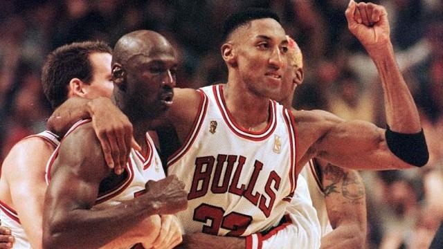 Wawancara dengan Sutradara 'The Last Dance': Michael Jordan Hanya Manusia Biasa (739068)