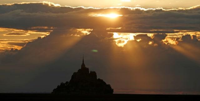 Tips Fotografi: Mengenal Cahaya Buatan dalam Fotografi (86672)
