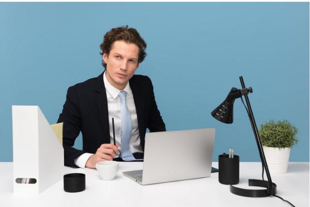 4 Cara Introvert Melakukan Promosi Diri di Kantor  (28292)