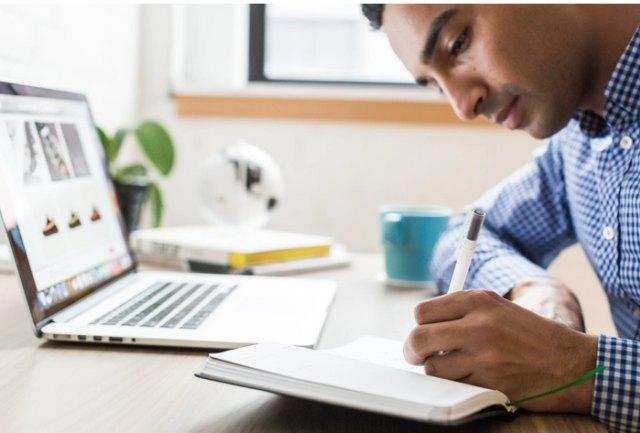 4 Cara Introvert Melakukan Promosi Diri di Kantor  (28294)