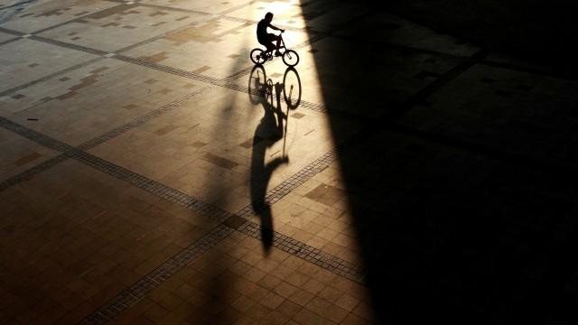 Foto: Pemanfaatan Cahaya Alami Sebagai Komposisi dalam Fotografi (2395)