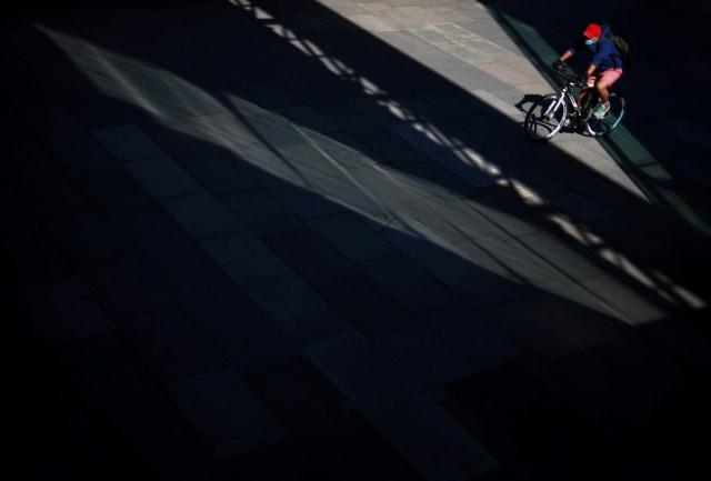 Foto: Pemanfaatan Cahaya Alami Sebagai Komposisi dalam Fotografi (2394)