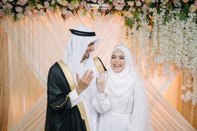Sudah Sah! 5 Artis Ini Jalani Ramadhan Pertama Bareng Pasangan (1146613)