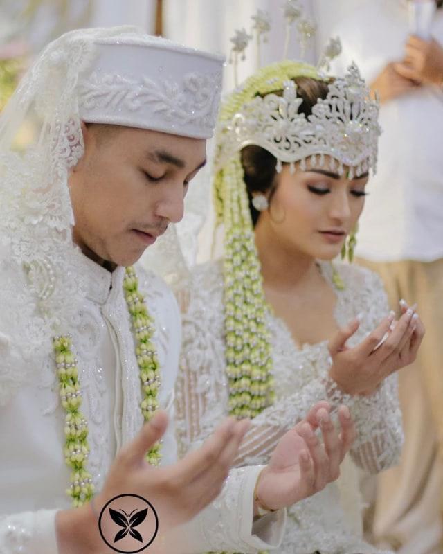 Sudah Sah! 5 Artis Ini Jalani Ramadhan Pertama Bareng Pasangan (1146617)