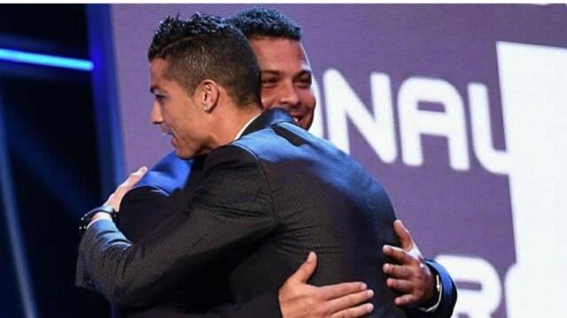 Respons Ronaldo Nazario de Lima Saat Dibandingkan dengan Cristiano Ronaldo (13771)