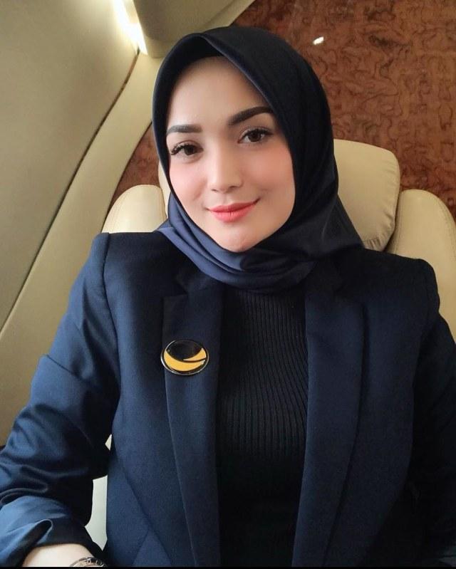 Profil Imel Putri Cahyati, Mantan Istri Sirajuddin Mahmud (218600)