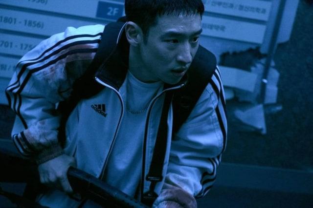 Review Time to Hunt: Film Action Kaya Twist dengan Kisah Bromance yang Manis (308322)
