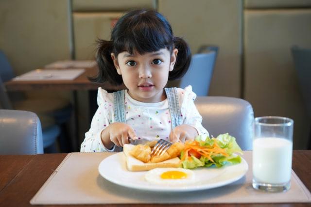Anak Konsumsi Frozen Food saat Sahur dan Berbuka Puasa, Aman Nggak Ya?  (105692)