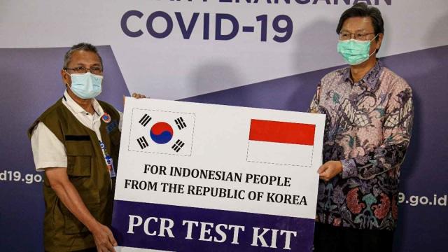 Korea Selatan Sumbang 32.200 Alat Tes PCR untuk Indonesia (4362)