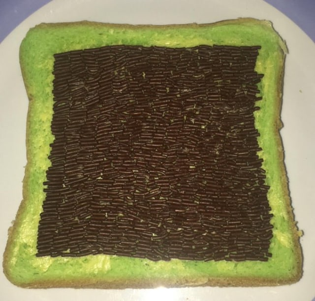 Rajin Banget! 10 Kreasi Menghias Roti Tawar dengan Meses yang Viral di Twitter (11342)