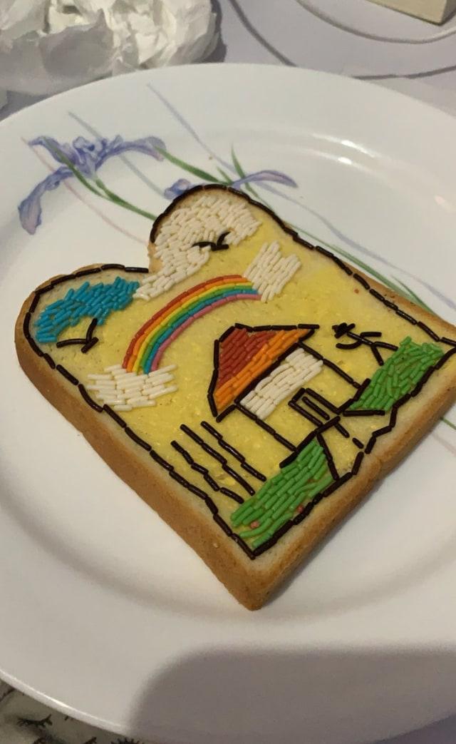 Rajin Banget! 10 Kreasi Menghias Roti Tawar dengan Meses yang Viral di Twitter (11344)