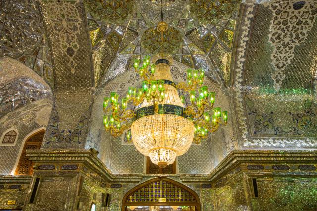 Menilik Masjid Ratusan Tahun di Iran yang Disulap Jadi Tempat Produksi Masker (100689)