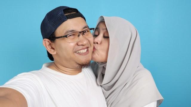 3 Hal yang Boleh Dilakukan Suami Istri saat Bulan Puasa Ramadhan (271374)