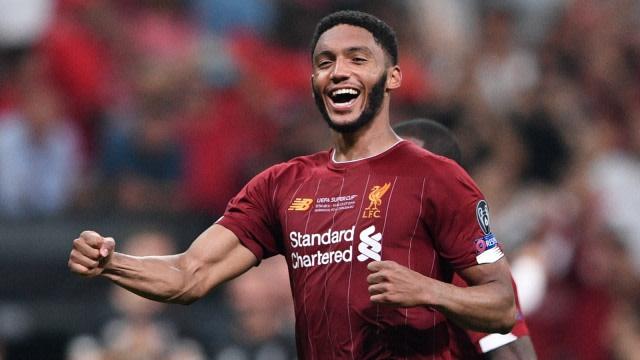 Pemain Liverpool Menjadi Superhero