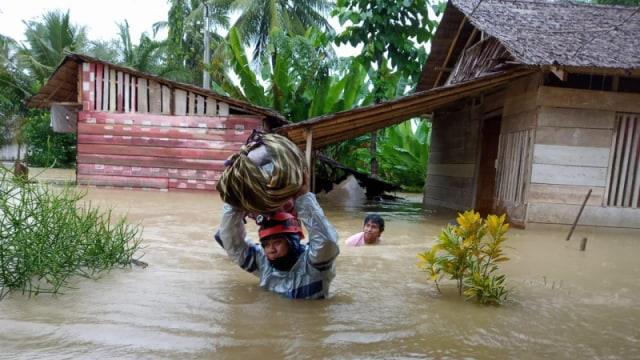 Ratusan KK di Poso Terdampak Banjir (114234)
