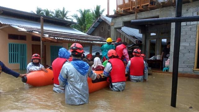 Ratusan KK di Poso Terdampak Banjir (114236)