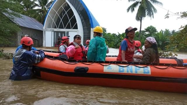 Ratusan KK di Poso Terdampak Banjir (114237)