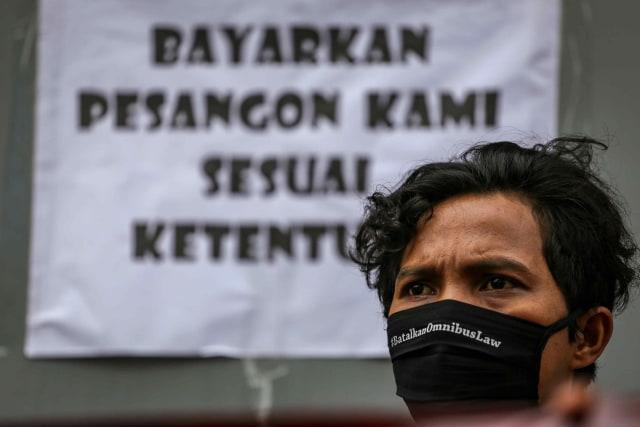 Kabar Baik Corona: Vaksinasi di Jakarta Ampuh; Bantuan Subsidi Upah Bagi Pekerja (43195)