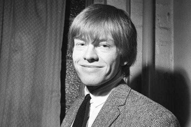 Perjalanan Hidup Brian Jones, Pendiri Band The Rolling Stones (3)
