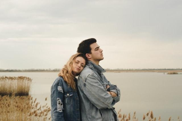 5 Alasan Mengapa Berat Memutuskan Seseorang (5361)
