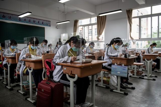 Skema Pembukaan Sekolah di Berbagai Negara saat Pandemi Virus Corona (29461)