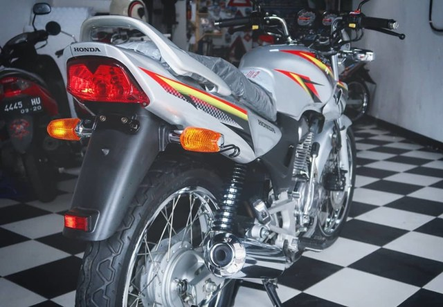 Honda Tiger 2000 Ini Dijual Rp 41 Juta, Apa Istimewanya?  (441659)