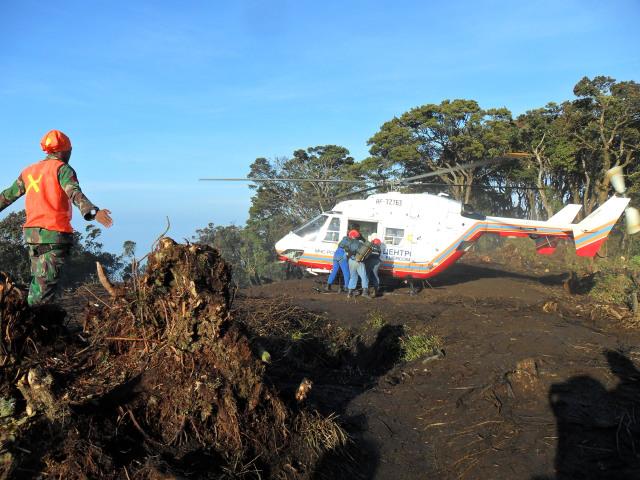 Hari Ini, 8 Tahun Lalu, Pesawat Sukhoi Superjet-100 Jatuh di Gunung Salak (146758)