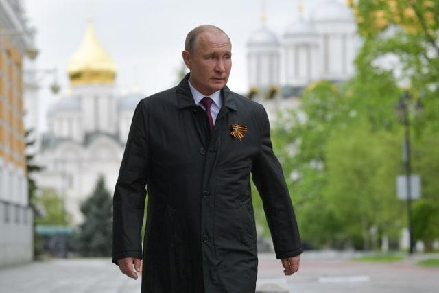 Konspirasi di Awal Takhta Vladimir Putin, Tsar Baru Rusia (180438)