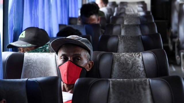 Organda Batasi Jumlah Bus yang Beroperasi di Pulogebang Selama Larangan Mudik (36607)