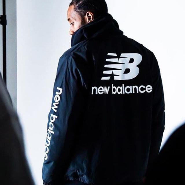 New Balance Donasi Lebih dari 13 Ribu Sneakers buat Tenaga Medis (42568)