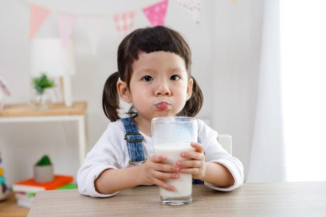 Susu Murni VS Susu Rendah Lemak untuk Anak, Mana Lebih Baik? (70972)