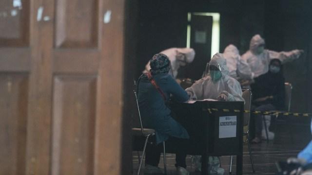 Bertambah 74 Orang, Kasus Virus Corona di Yogyakarta Pecahkan Rekor Harian (197414)
