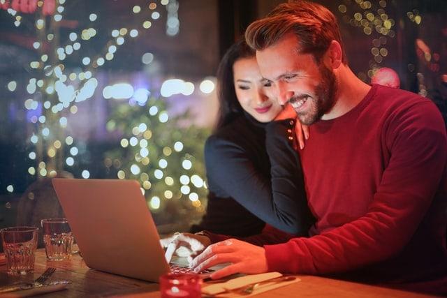 5 Tanda Pasanganmu Hanya Memanfaatkanmu tapi Tidak Mencintaimu  (584144)