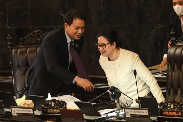 Cerita Puan Akui Matikan Mikrofon Anggota DPR Demokrat di Paripurna UU Ciptaker (96839)