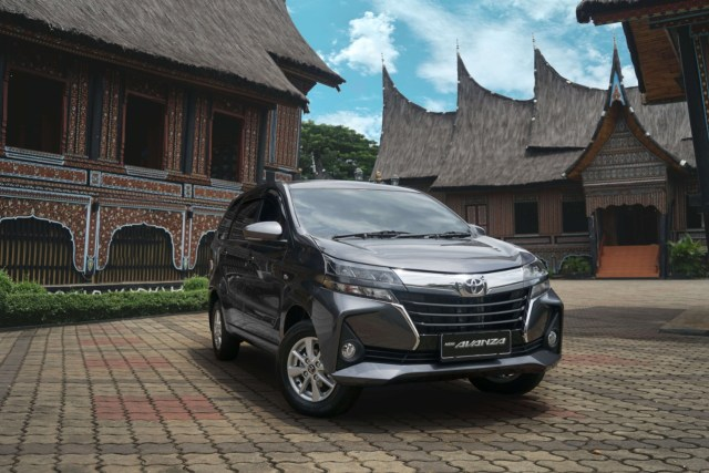 Toyota Pertahankan Takhta Merek Terlaris 2020 di Indonesia, Avanza Terbanyak (81989)