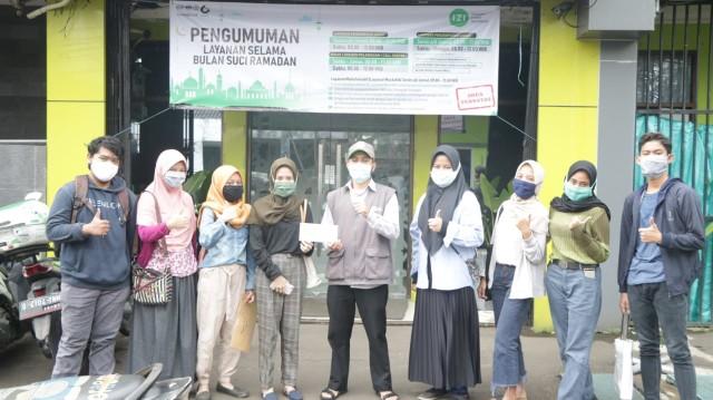 Gotong Royong Pelajar SMA 62 Jakarta Peduli Warga Terdampak Pandemi (17932)