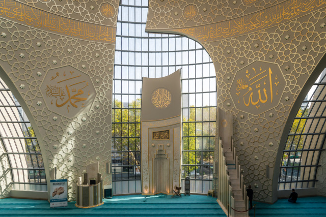 Megahnya Masjid Koln, Masjid Terbesar dan Termegah di Eropa (1094606)