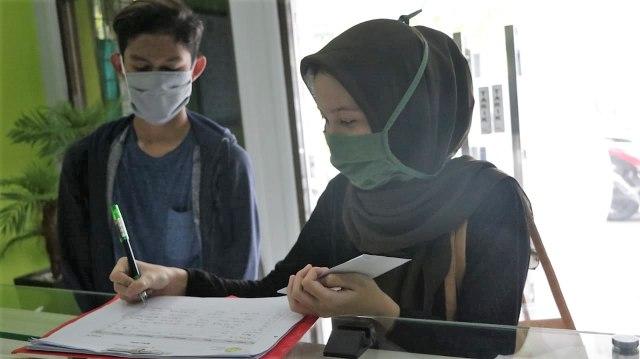 Gotong Royong Pelajar SMA 62 Jakarta Peduli Warga Terdampak Pandemi (17933)