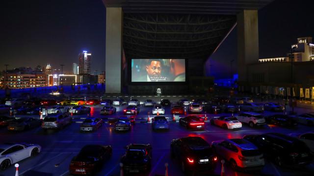 Bioskop drive-in di Dubai