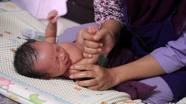 5 Tradisi Mengerikan di India, Membunuh Lansia hingga Makan Jenazah (745984)