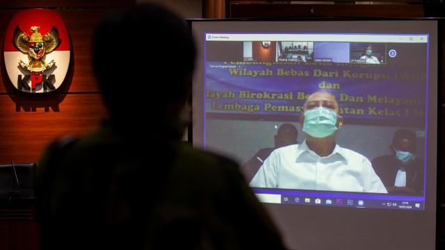 Walkot Medan Nonaktif Dzulmi Eldin Divonis 6 Tahun Penjara (39494)